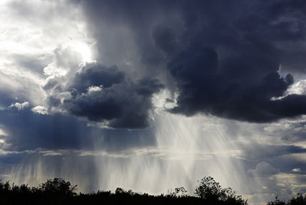 Искусственный дождь - создание дождя