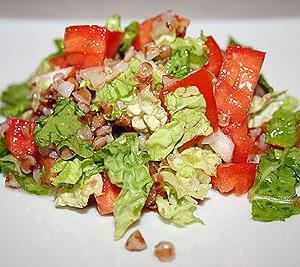 Великий пост: Салат из помидоров с гречкой