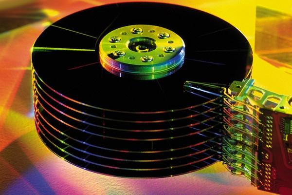 Жесткие диски: Ххранилище данных емкостью 120 петабайт
