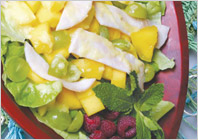 Салат из индейки и манго