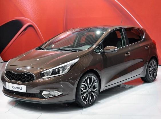 Автомобиль Kia cee'd 2012